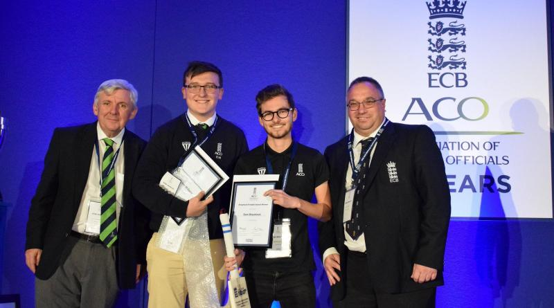 SPORTS JOURNALISM STUDENT COLLECTS PRESTIGIOUS ECB AWARD
