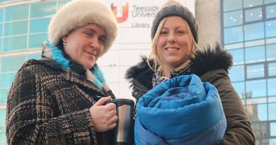 TEESSIDE UNIVERSITY STUDENTS SWAP WARM BEDS FOR SLEEPING BAGS IN BIG STUDENT SLEEPOUT