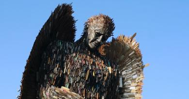 The Knife Angel by Alfie Bradley in Centre Square, Middlesbrough