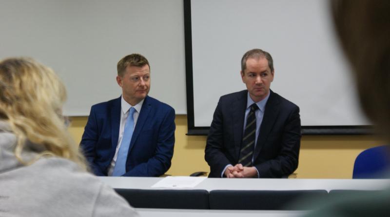 CLEVELAND POLICE DELIVER MOCK PRESS CONFERENCE TO TEESSIDE JOURNALISM STUDENTS