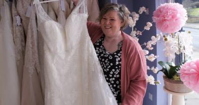 NEW WEDDING BOUTIQUE FOR CURVY BRIDES